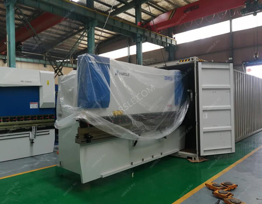 Rwanda-WC67K-125T-4000-Hydraulic-press-brake